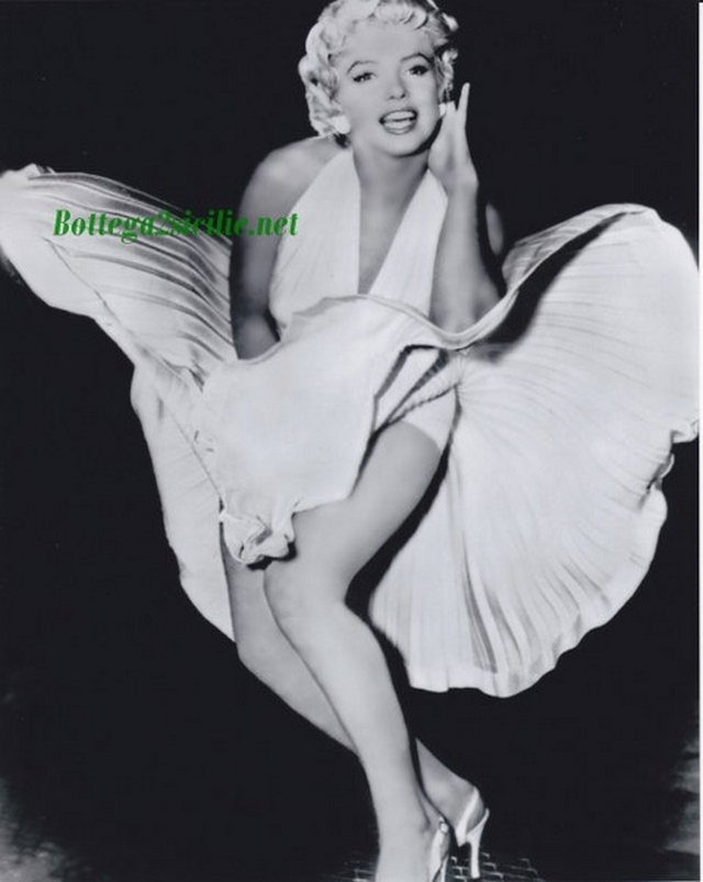 Marilyn Monroe - Stampa - Attrice cantante statunitense Star 02
